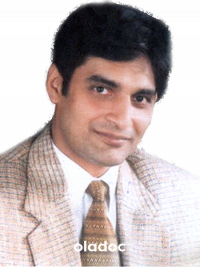 Pediatrician at Services Institute of Medical Sciences Lahore Dr. Zahid Anwar
