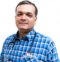 Best Internal Medicine Specialist in Karachi - Dr. Junaid Patel