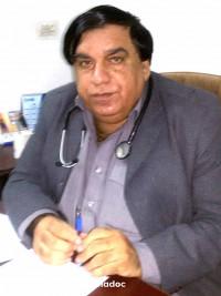 Best Pulmonologist in Garden Town, Lahore - Dr. Muhammad Hussain Khan