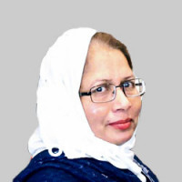 Best Gynecologist in Temple Road, Lahore - Dr. Najma Iqbal Chaudhary