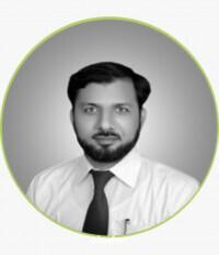 Best Laparoscopic Surgeon in Multan - Dr. Naveed Malik
