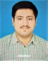 Best Doctor for Scaling and Polishing in Gujranwala - Dr. Moeez Nadeem Butt