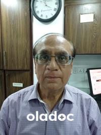 Best ENT Surgeon in Adamjee Nagar, Karachi - Dr. Mukhtar Singapuri