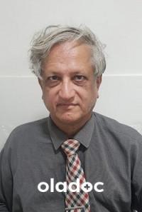 Oncologist at Karachi Medical Complex (Consultant Clinics) Karachi Dr. Muneer Hussain Faswala