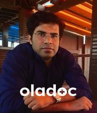 Pulmonologist at Cure Medical Centre Karachi Dr. Asif Ali
