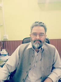 Best Doctor for Thoracic Outlet Syndrome in Peshawar - Assoc. Prof. Dr. Makil Shah