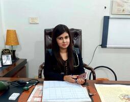 Best Physiotherapist in Sargodha Road, Faisalabad - Dr. Hira Asif Mann