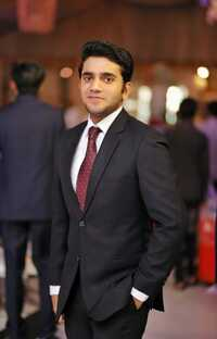 Best General Physician in Kotwali Road, Faisalabad - Dr. Umer Farooq