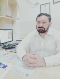 Best Doctor for Laparoscopic Surgery in Peshawar - Prof. Dr. Mohammad Tayeb