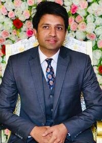 Best Dentist in Lahore - Dr. Muhammad Usman Saleem
